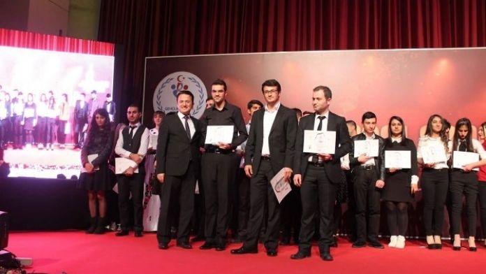 Van'ın Genç Sanatçıları Türkiye Finalinde