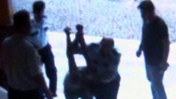 Karakolda dayak davasında polislere hapis