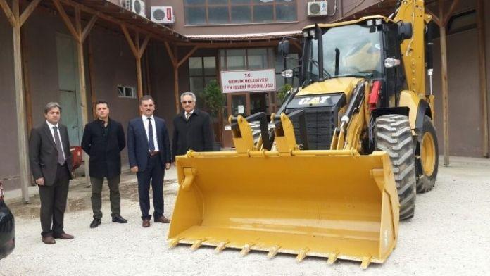 Gemlik Belediyesi'nin Araç Filosu Güçleniyor