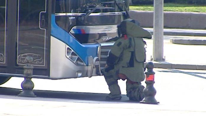 Başkent'te bombalı otobüs şüphesi