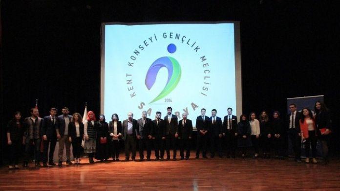 Gençlik Meclisi Ödülleri Sahiplerini Buldu