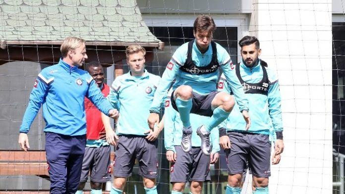 Osmanlıspor, Fenerbahçe Maçı Hazırlıklarını Sürdürüyor
