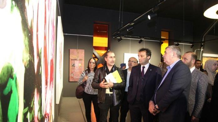 'Sakarya'da Sanatçılar' Resim Ve Heykel Karma Sergisi 24 Nisan'a Kadar Açık