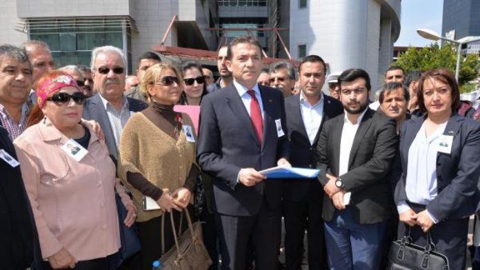 Mersin'de CHP'liler Erdoğan ve Davutoğlu hakkında suç duyurusunda bulundu