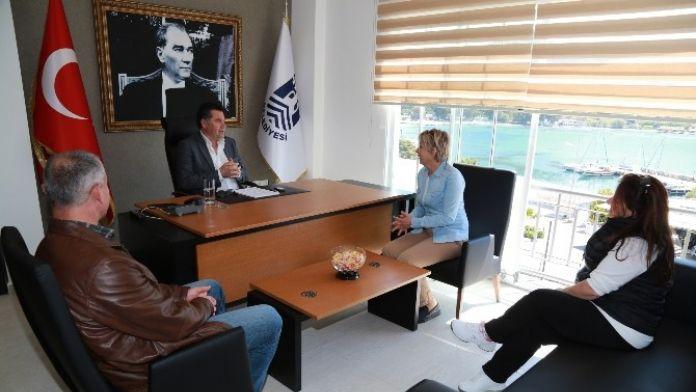 Başkan Kocadon, Akyarlar Hizmet Binasında Vatandaşları Ağırladı