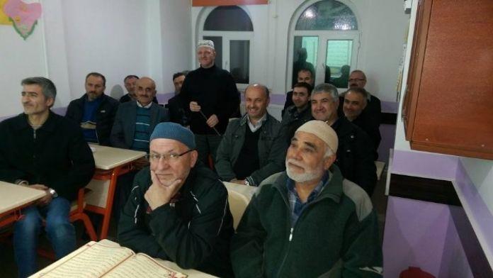Ertuğrul Gazi Camii'deki Gece Açılan Kur'an Öğrenme Kursu Tamamlandı