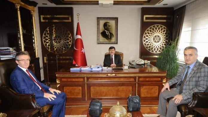 Elektrik Mühendisleri Odası Şube Başkanı Karal'dan Vali Öz'e Ziyaret