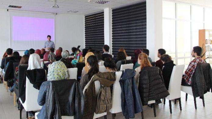 Erciyes Teknopark Sera Kuluçka Programı Kapsamında Girişimci Adaylarına 'İlham Kaynakları Eğitimi' Düzenlendi