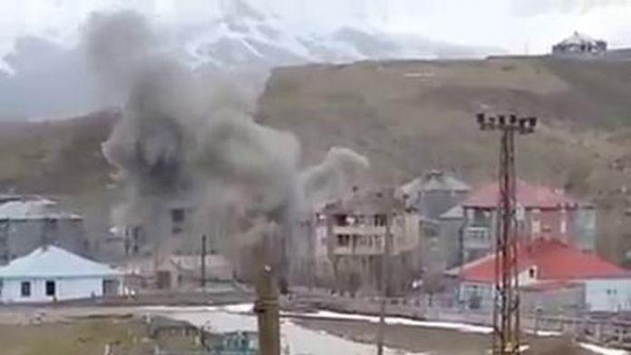 Yüksekova'da PKK'lıların Kaldığı Bina Vuruldu