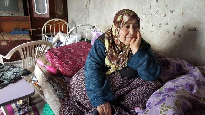 'Evde Ölümü Bekliyorum' Demişti, Hayatını Kaybetti
