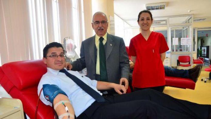 Gönüllü kök hücre bağışçıları hayat kurtarıyor