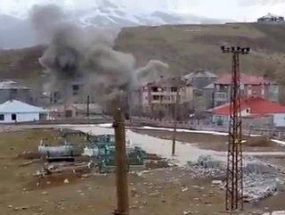 PKK'lıların Kaldığı Bina Havaya Uçuruldu