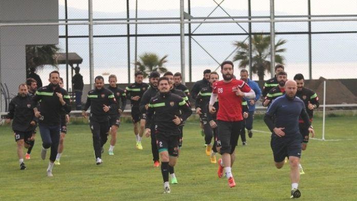 Kocaeli Birlikspor, Karagümrük Maçı Hazırlıklarını Sürdürüyor