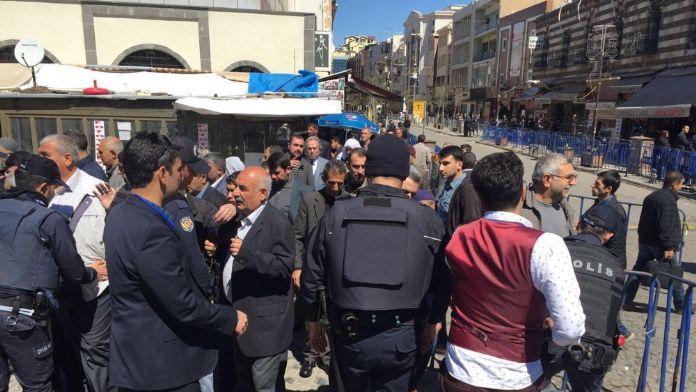 Sur'da Davutoğlu önlemleri