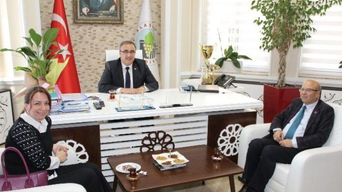 Çevirmeci'den Başkan Karaçoban'a Ziyaret