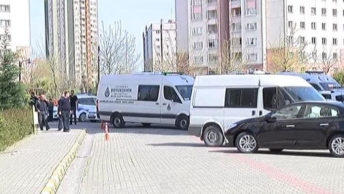 İstanbul'da 2 polis ölü bulundu: 1 de ağır yaralı var !
