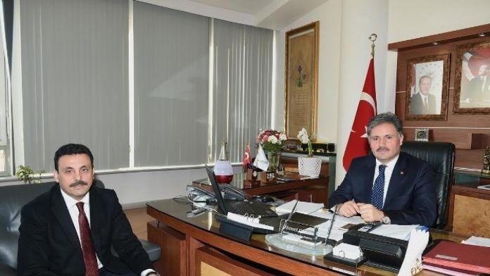 Polis Okulu Müdürü Nalçacı, Başkan Çakır'ı Ziyaret Etti