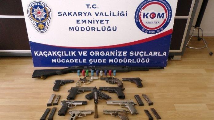 Kanepe Atölyesinde Kaçak Silah Tamiri Yaparken Yakalandı
