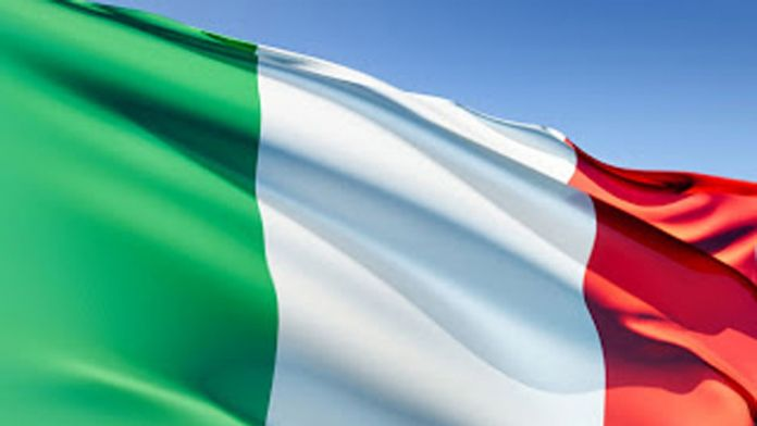 İtalya'da şok istifa