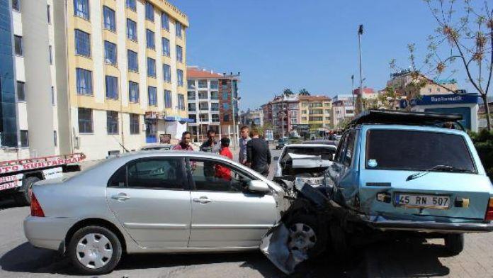 Direksiyon başında kalp krizi geçiren sürücü öldü