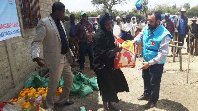Diyanet Vakfı'ndan Etiyopya'ya 75 tonluk gıda yardımı