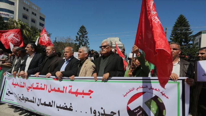 Gazze'de işsizliğe karşı protesto