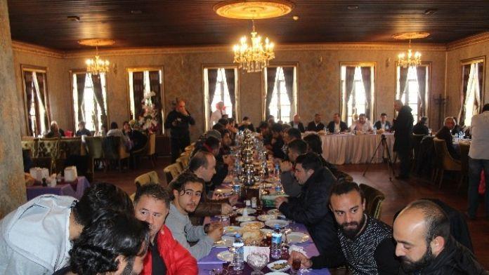 B.b. Erzurumspor Başkanı Demirhan: 'Erzurum'un Yeri Süper Lig'