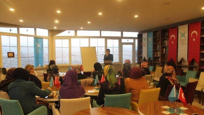 Tügva'dan Bayanlara İngilizce Kursu