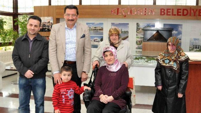 Başkan AK, Engelli Demir'in Umre Hayalini Gerçeğe Dönüştürdü