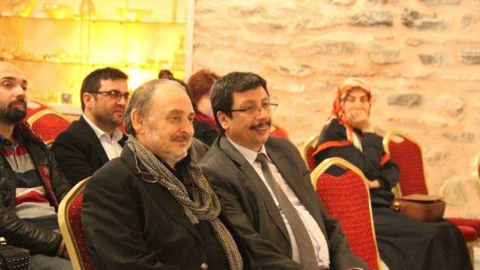 Şair Ahmet Mercan: 'İnsan Mahkemesini İçinde Taşır'