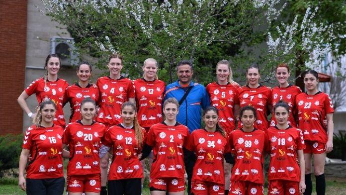 Muratpaşa Yarı Final Vizesi Arıyor
