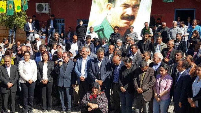 Öcalan'ın doğum gününü kutladılar !