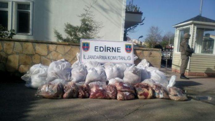 Edirne'de 1 ton 310 kilo kaçak et ele geçirildi
