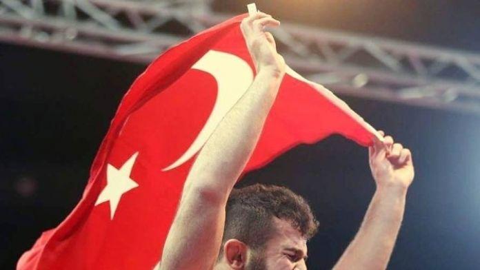 Kotanoğlu Minderde Adından Söz Ettirdi