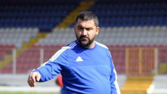 Mersin İdmanyurdu teknik direktörü Özat:'Pozisyonları harcadık'