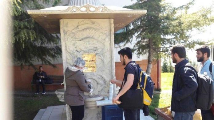 Sınava Giren Öğrencilere Çorba Servisi