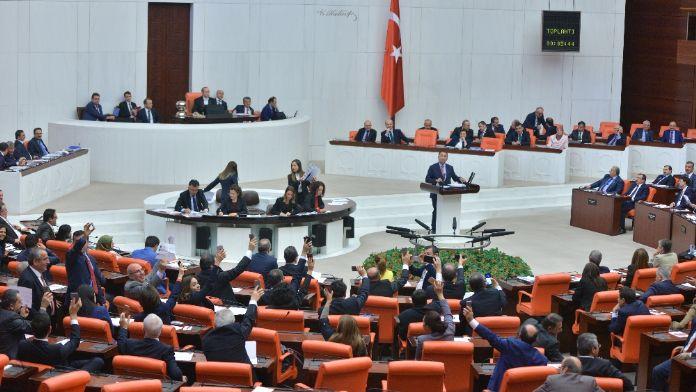 HDP'nin Bozdağ hakkındaki gensoru önergesine red