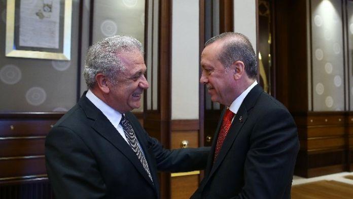 Cumhurbaşkanı Erdoğan, AB Komiseri Avramopulos'u Kabul Etti