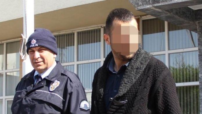 Ruhsatsız Silahla Yakalanan Genç Gözaltına Alındı