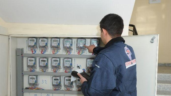Azerbaycan'ın Elektrik Sayaç Okuyucuları Türkiye'den