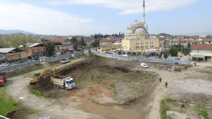 Kullar Semt Meydanında Çalışmalar Başladı