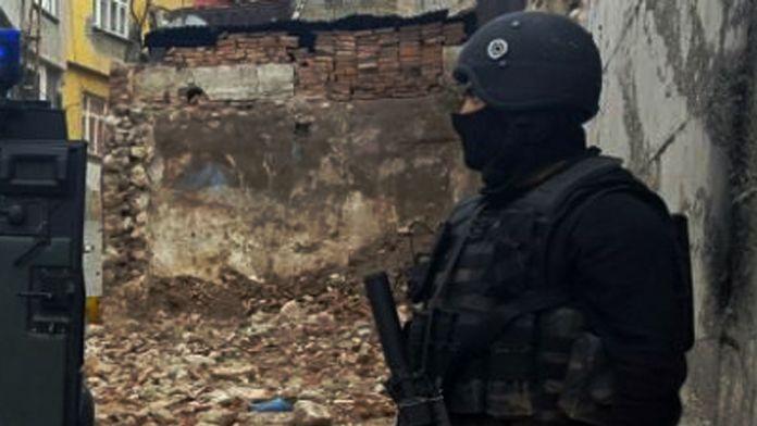Yüksekova'da 2 PKK'lı etkisiz hale getirildi