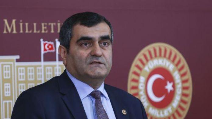 CHP'li Şeker: Dolandırıcılara gün doğdu milletin kimliği pazara düştü