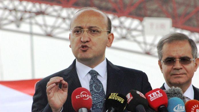 Akdoğan: Hiçbir ihanet affedilmeyecek