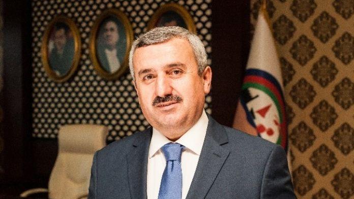 Körfez Belediye Başkanı İsmail Baran'dan Avukatlar Günü Mesajı