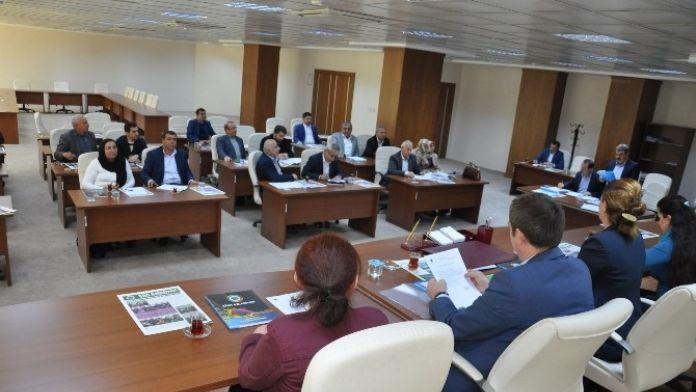 Belediye Meclisinde Komisyonlara Üye Seçimi Yapıldı