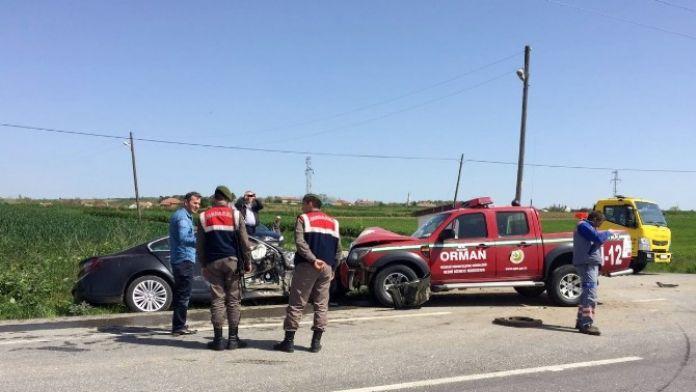 Orman İşletme Aracı Kaza Yaptı