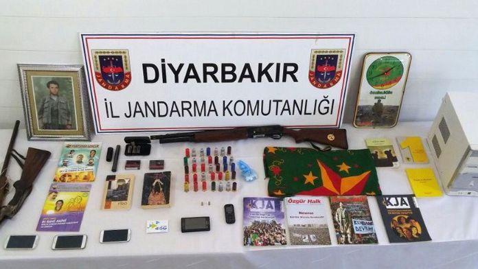 Diyarbakır'da eş zamanlı terör operasyonu: Başkan da gözaltında