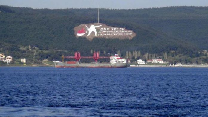Rus askeri kargo gemisi Akdeniz yolunda