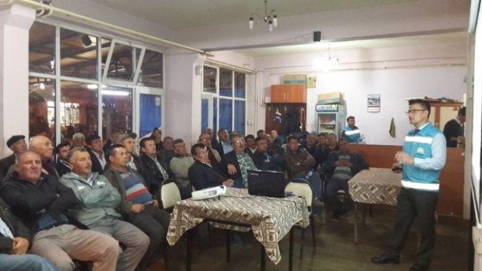 Çiftçiler Gece Eğitimleri İle Bilgilendiriliyor